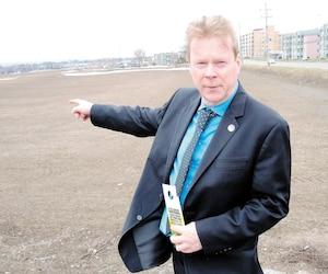 Se portant à la défense des terres arables comme celles des Sœurs de la Charité de Québec (photo), le député du Parti québécois André Villeneuve s'est opposé à l'éventuel projet de construction de 6500 unités envisagées par la famille Dallaire.