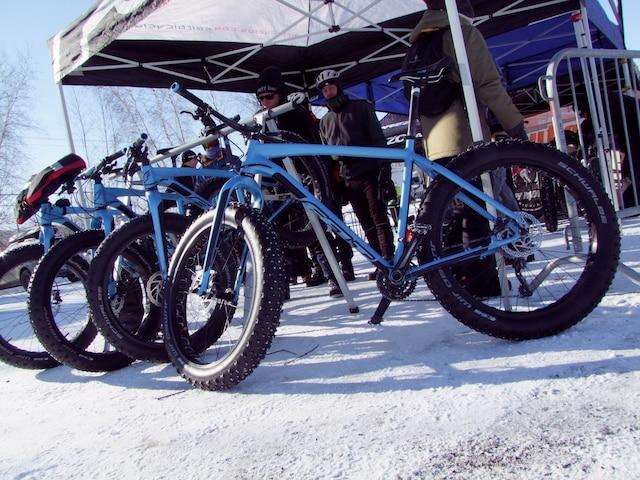 Des Fat Bike disponible pour tenter l'expérience au Centre national de cyclisme de Bromont.