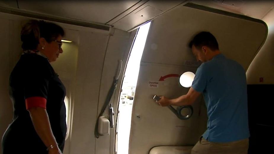 Simulation d'évacuation d'un avion