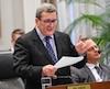 La question de l'usine d'Anacolor a donné lieu à des échanges houleux entre le maire Régis Labeaume et le chef de l'opposition.