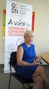 Sylvia Martin-Desforges, directrice générale de Quebec Community Groups Network souligne qu'un gouvernement souverainiste minoritaire devra mettre de l'eau dans son vin et travailler avec les autres partis, une coopération qu'elle voit d'un bon oeil au lendemain de l'élection de Pauline Marois.