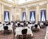 Le restaurant Le Parlementaire dispose actuellement de 275 places et accueille à l'occasion des dîners d'État et des réceptions protocolaires, mais aussi des citoyens.