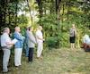 Au total, plus de 150 personnes ont pris part à la cérémonie sur la terre ancestrale des Gingras, dont l'ancienne première ministre Pauline Marois, qui a un grand-parent Gingras.