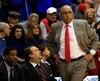 L'entraîneur Tubby Smith, des Red Raiders de Texas Tech.