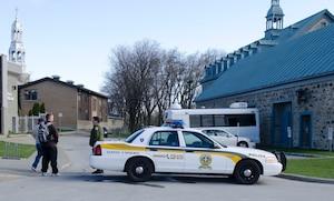 Vaste opération policière de l'Unité permanente anticorruption (UPAC) ayant eu lieu dans plusieurs municipalités au nord de Montréal, dont la ville de Mascouche, le mardi 17 avril 2012. Sur la photo, l'hôtel de ville de Mascouche.