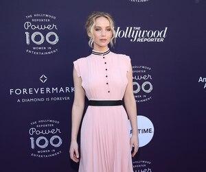 Jennifer Lawrence, sélectionnée pour son rôle dans le contesté drame Mother!, fera la lutte pour le Razzie de la pire actrice à Emma Watson.