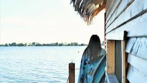 Des huttes flottantes (un peu) comme à Bora Bora