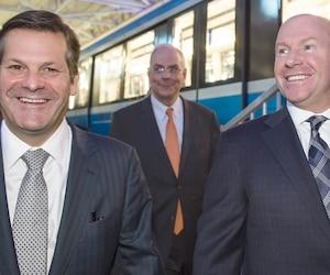 Pierre Beaudoin (président exécutif du conseil d'administration) et Alain Bellemare (président et chef de la direction), lors de l'assemblée annuelle et extraordinaire des actionnaires de Bombardier, en avril 2016