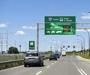 Les voitures électriques et hybrides rechargeables seront bientôt exemptées des frais de péage sur les autoroutes 25 et 30.