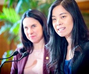 Valérie Plante a présenté la nouvelle présidente du Conseil municipal, Cathy Wong.