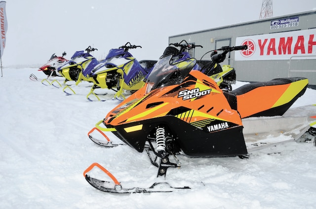 La mini motoneige Sno Scoot qui a connu beaucoup de succès l'an dernier, arrive en 2019 avec de nouvelles couleurs.