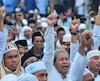Un groupe de défense islamique se rassemble pour dénoncer le saccage fait par les islamistes en Indonésie.