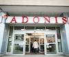 Il y a actuellement 11 magasins Adonis, principalement dans la région de Montréal, mais également à Toronto.