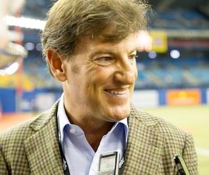 Bien impliqué dans la communauté montréalaise, Stephen Bronfman fait partie des hommes d'affaires impliqués dans le retour du baseball majeur à Montréal.