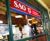La direction de la SAQ a avisé mercredi matin ses employés qu'elle procédera à un allègement de sa structure administrative au cours des prochaines semaines. Cela concerne tous les secteurs de l'organisation, à l'exception du personnel de succursale.
