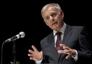 Marcel Côté accuse son adversaire Richard Bergeron d'avoir soulevé le problème à des fins purement électorales.