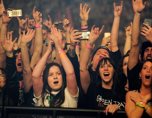 Green Day a mis le feu et un public survolté a vibré au rythme d'enfer imposé par les vétérans du punk.