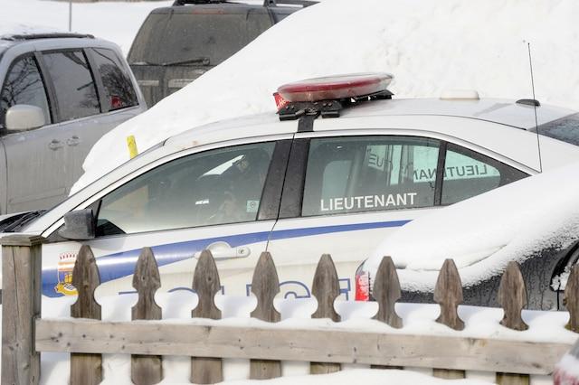 Opération policière sur le Chemin des Quatre-Bourgeois en lien avec  la fusillade à la Grande Mosquée de Québec, le lundi 30 janvier 2017. AURÉLIE GIRARD/AGENCE QMI