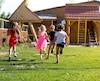 Enfants enfant courent courir jeux jouer bloc