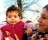 Samahir est arrivée en sol trifluvien en février 2016, accompagnée de son conjoint et de ses cinq enfants, cherchant à fuir son pays en guerre.