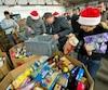 Plusieurs organismes, particulièrement dans le temps des Fêtes, sollicite le temps et l'argent des Québécois pour venir en aide aux plus démunis.