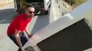 Image principale de l'article Il se filme en train de jeter son frigo