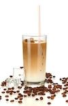 L'option santé reste un café régulier avec du lait écrémé ou 2 % et des glaçons.