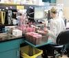 À l'hôpital Maisonneuve-Rosemont, le laboratoire de microbiologie analyse larésistance des bactéries aux antibiotiques.