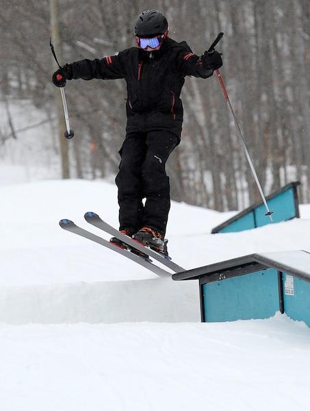 60 % de la clientèle en hébergement du Mont Sainte-Anne provient de l'extérieur du Québec. L'Ontario et les États-Unis demeurent de grands joueurs.