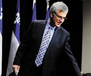 Jean-Marc Fournier a préféré annoncer son retrait de la vie politique à l'Assemblée nationale, plutôt que dans son comté de Saint-Laurent, qu'il représente depuis près de huit ans. On le voit ici lors de son point de presse, lundi.