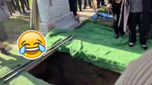 Image principale de l'article Un défunt cause l'hilarité à ses funérailles