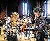 Denis Plante et les musiciens des Violons du Roy, jeudi, lors des premières répétitions du spectacle Marco Polo, qui sera présenté dimanche après-midi au Palais Montcalm.