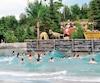 La nouvelle piscine à vagues près du Familizoo.
