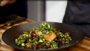 Image principale de l'article Pavé de morue et salsa verde au vinaigre d'érable