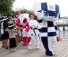 Les organisateurs des Jeux olympiques et paralympiques de Tokyo 2020 ont officiellement présenté dimanche les mascottes de l'événement.
