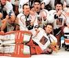 Dominik Hasek et ses coéquipiers tchèques ont remporté l'or olympique en 1998 à Nagano.