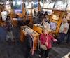 Des milliers de personnes ont profité de la nuit des galeries pour visiter les boutiques d'art et d'artisans du quartier Petit Champlain et des environs.