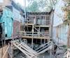 En 2015, Guillaume Lemay-Thivierge et sa conjointe de l'époque Mariloup Wolfe ont entrepris la démolition de leur résidence du Plateau avant d'avoir les permis nécessaires.
