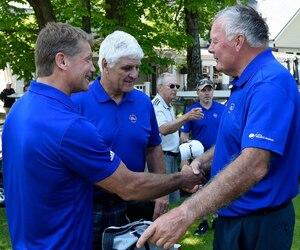 Pierre Lacroix, Marc Tardif et Alain Côté figuraient parmi les anciens Nordiques à fouler les verts du Golf Lorette en marge de la 11e édition du tournoi de golf annuel.