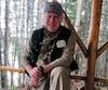 Sur ce cliché, on voit le PDG de la Sépaq, John MacKay, lors d'un voyage de pêche au lac des Uries dans la réserve des Laurentides. Ce dernier présente un plan d'affaires pour assurer une prospérité à cette société d'État.