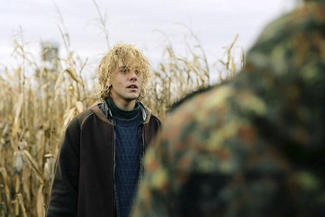 Xavier Dolan dans une scène de son nouveau film Tom à la ferme, qui sera présenté au prochain Festival de Toronto.