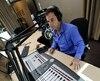 Sans jamais les nommer, Jeff Fillion a soutenu sur Radio Pirate que les frères Leclerc sont «des bons kids», mais qu'ils ont encore beaucoup à apprendre sur le milieu de la radio.