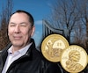 Le Mohawk de Kahnawake Michael Stalk Sr, ancien monteur de charpentes métalliques, est fier de voir sa nation reconnue sur une pièce de monnaie américaine. «Dans chaque grande métropole des États-Unis, on peut regarder vers le ciel et dire que les Mohawks ont aidé à construire la ville.»