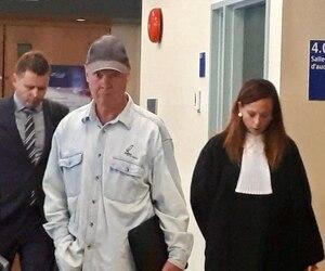 Yves Leclerc a été déclaré coupable d'avoir agressé sexuellement un ado pendant une décennie. Les représentations sur la peine devraient avoir lieu ce printemps.