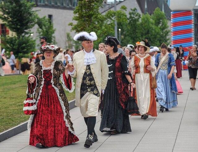 Défilé d'ouverture des fêtes de la Nouvelle-France, le mercredi 1 Août 2018 dans les rues du petit Champlain en basse ville de Québec.