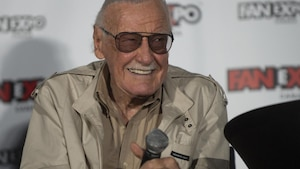 Stan Lee: une rue à son nom à New York