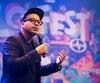 Mehdi Bousaidan était en spectacle dans le cadre de Zoofest au Studio Hydro-Québec du Monument-National, à Montréal, vendredi.