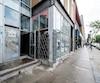 Samir Ouati est membre du Barreau du Québec depuis 2005. Lui et deux présumés complices habitent dans cet immeuble de la rue Wellington à Verdun, où les ambulanciers ont secouru une victime de surdose, ce qui a déclenché l'enquête de la police de Montréal.