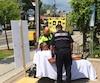 Stéphane Breault a été transporté en ambulance à sa 11<sup>e</sup> journée de grève devant l'hôtel de ville de Rawdon.