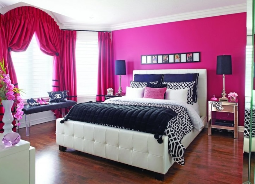 trois personnalit s trois chambres jdm. Black Bedroom Furniture Sets. Home Design Ideas